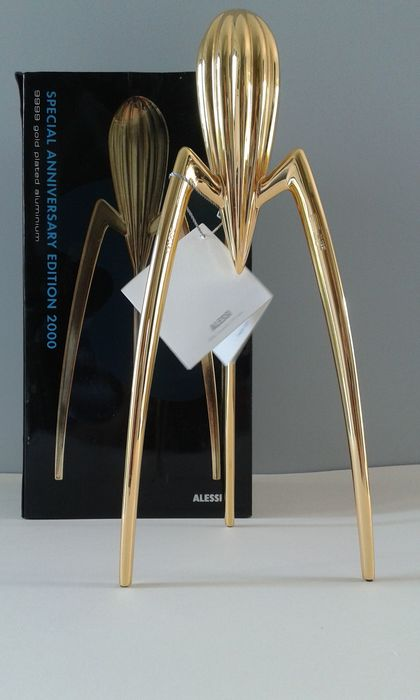philippe starck for alessi juicy salif citrus juicer gold limited anniversary edition 2000. Black Bedroom Furniture Sets. Home Design Ideas