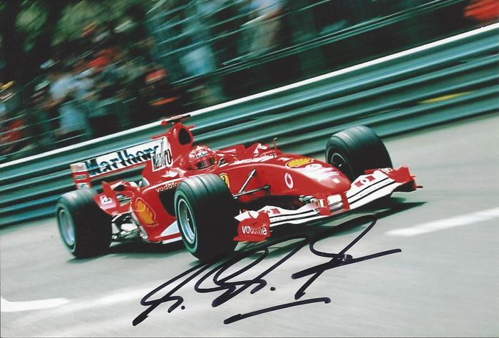 Beautiful original signature by Michael Schumacher, signed in 2006, obtained in person
