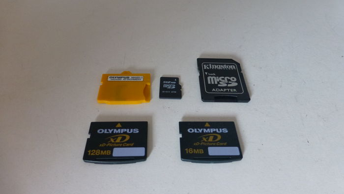 Lot With 2 Olympus Cards 1x Xd Adapter Card By Olympus Micro Sd