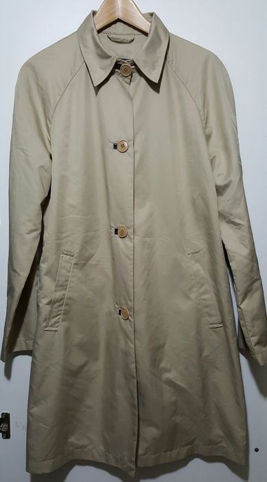 Moncler – Women's vintage trench coat/raincoat.