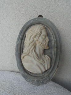 Turkey green marble medallion with Christ's profile - 16th century