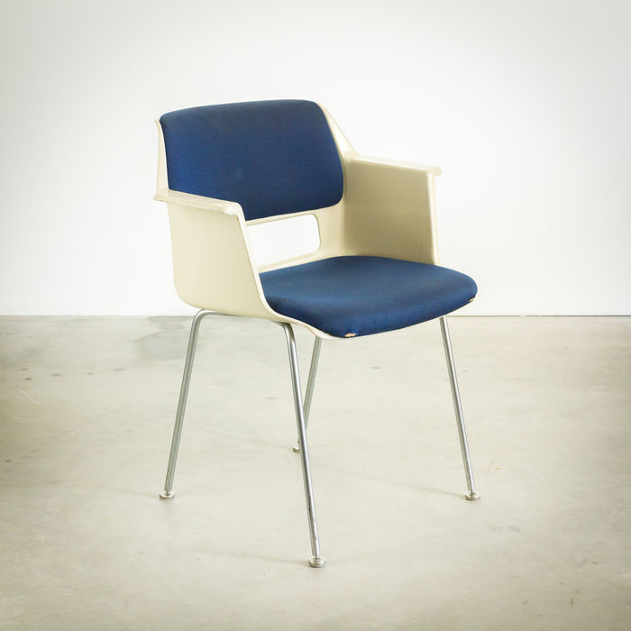 André Cordemeyer for Gispen, set of 5 bucket chairs \
