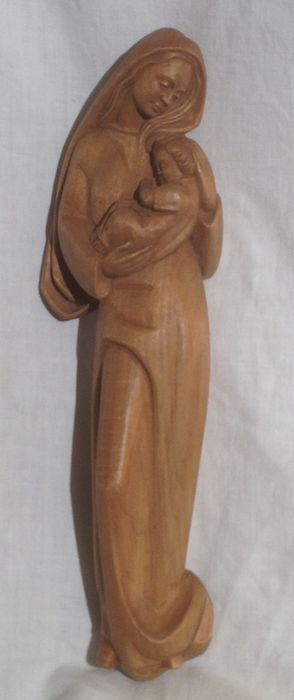 Wall sculpture made of wood, Madonna with Child, very good condition - 1980