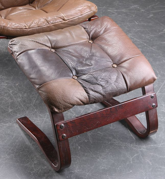 Luxembourg Lounge Stoel.Ingmar Relling Lounge Chair With Footstool Catawiki