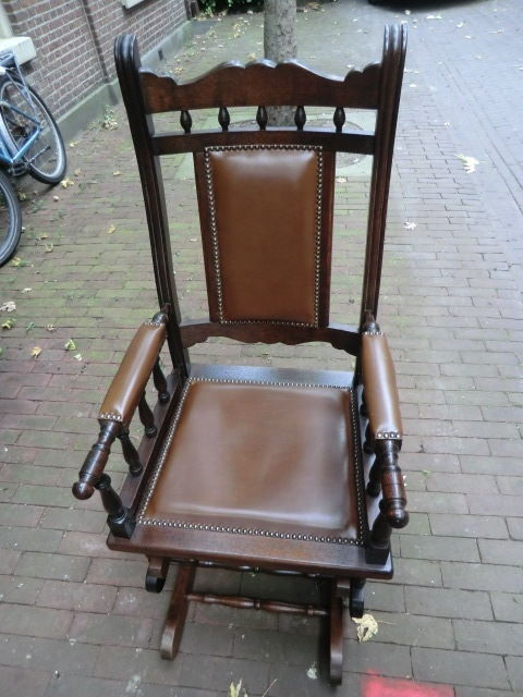 Antique rocking chair in mint condition, ca 1900 - Antique Rocking Chair In Mint Condition, Ca 1900 - Catawiki