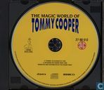 DVD / Vidéo / Blu-ray - VCD video CD - The Magic World of Tommy Cooper 1