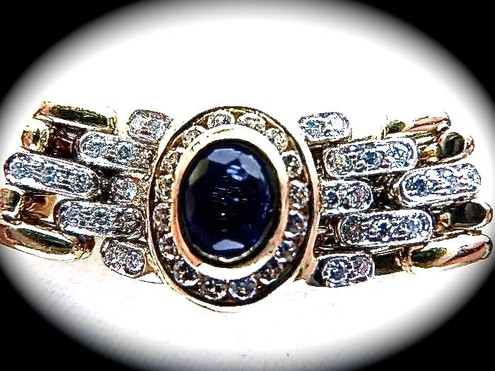 Ring designed like a Rolex watch bracelet – 18 kt gold with sapphire and diamonds – 14.90 g