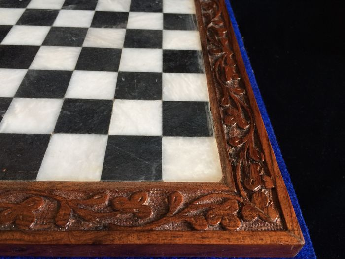 Case Blue Board Game : Marble chess game in blue velvet case and marbe chinese draughts
