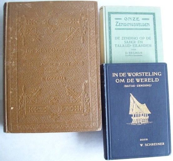 Lot with 7 books about the Dutch East Indies