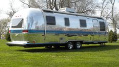 USA Caravan - Airstream Excella II - 31 feet - length: 9.5 m (1980)