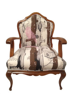 Antique  restored armchair - First third of the 20th century