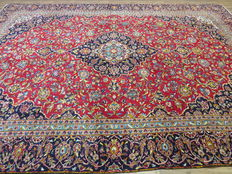 Wonderfully beautiful Persian carpet 386 x 274 cm, top condition Kashan/Iran around year 2000, from € 1