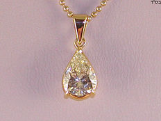 Solitaire diamond pendant with necklace – 2.05 ct in total