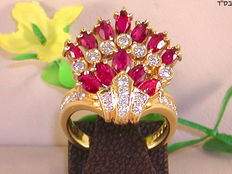 Diamond and ruby ​​ring - 18 kt yellow gold // ring size BE-53 NL-16.5 mm // adjustable for free.