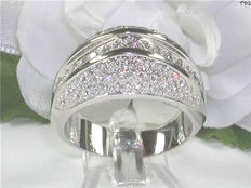 Diamond ring with 1.60 ct