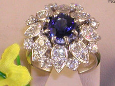 Antique diamond and sapphire solitaire cluster ring, 20th century, total: