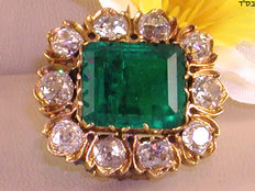 Antique diamond and emerald brooch, 18th century, in total: 13.92 ct