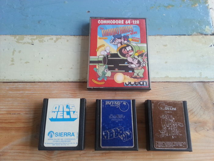 Lot of 4 rare Commodore 64 games - 3 cartridges and cassette of the first  Mario Brothers - Catawiki