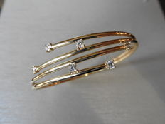 Gold bangle with diamonds 0.36 ct