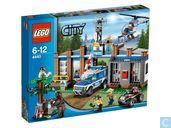 Lego 4440 Forest Police Station