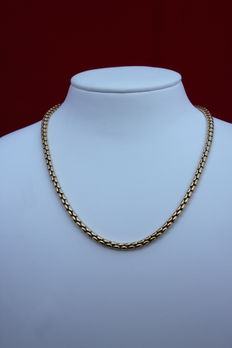 Solid yellow gold necklace
