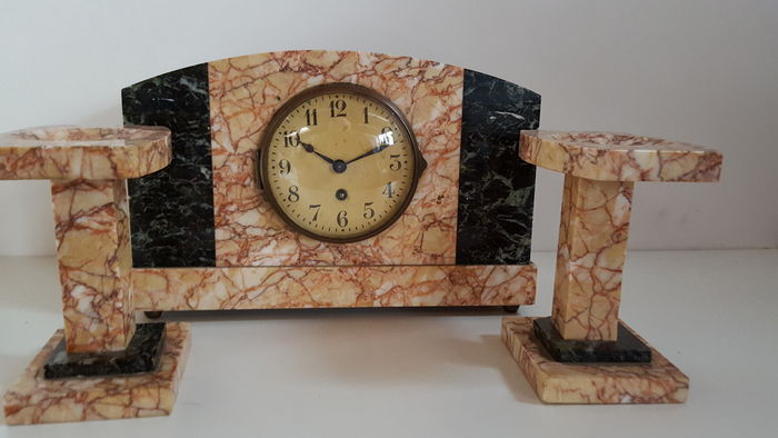 Marble Art Deco Clock With 2 Decorative Pieces Approx