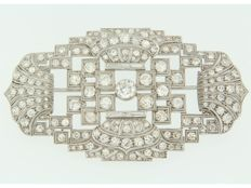 Platinum brooch set with various types of old cut diamonds, approx. 4.00 ct in total