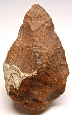 Large Palaeolithic biface from France - 153 mm
