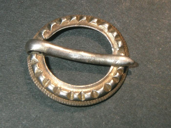 Beautiful Silver Viking Fibula - Catawiki