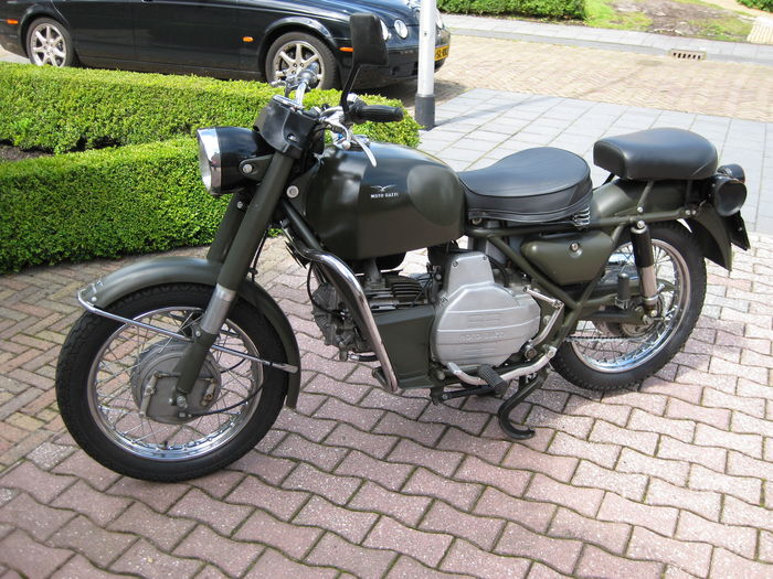 moto guzzi nuovo falcone 500cc militare 1974 catawiki. Black Bedroom Furniture Sets. Home Design Ideas