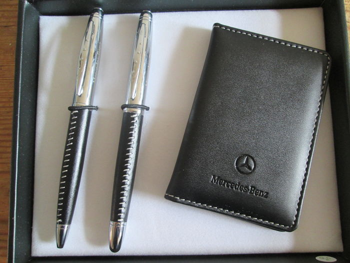 Mercedes benz pen set and business card holder in for Mercedes benz business cards