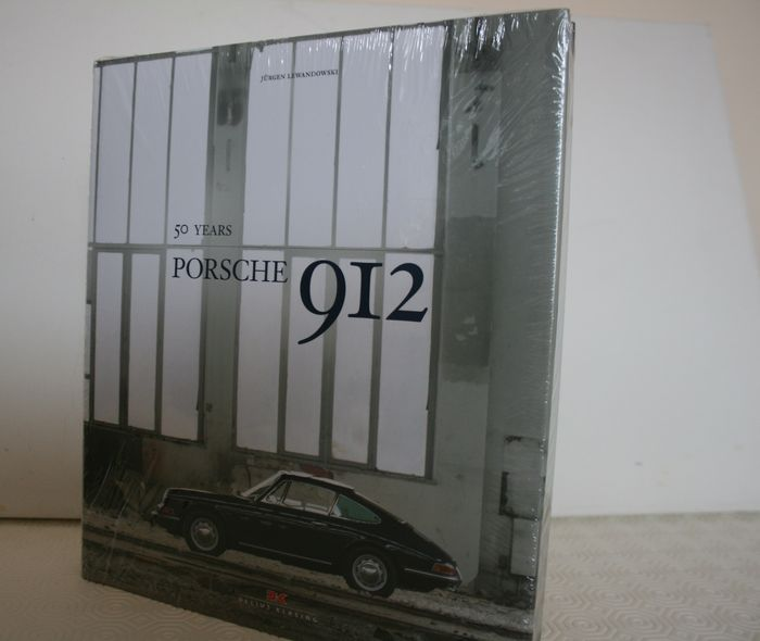 Book Porsche 912: 50 Years - A complete history of the Porsche 912 - 176 pages