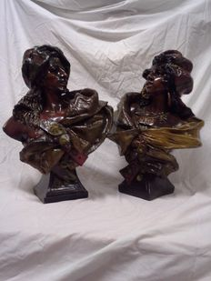 Large busts depicting a couple of moors in polychrome-patinated terracotta - probably Germany or Austria - beginning of the 20th century