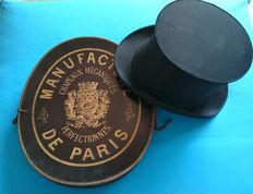 French collapsible top hat - claque - very old satin quality - 1890