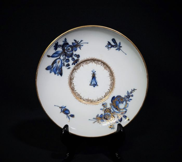 Meissen porcelain - Plate or Cup