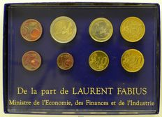 France - Series of 8 Euro 2001 coins 'De la part de Laurent Fabius, Ministre de l'Economie, des Finances et de l'Industrie'
