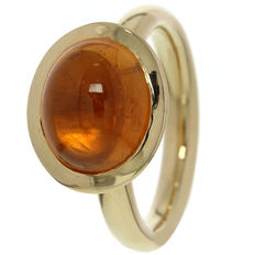 Rose gold women's ring set with mandarin garnet