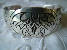 Substantial, silver bracelet, handmade in Norway, Viking.