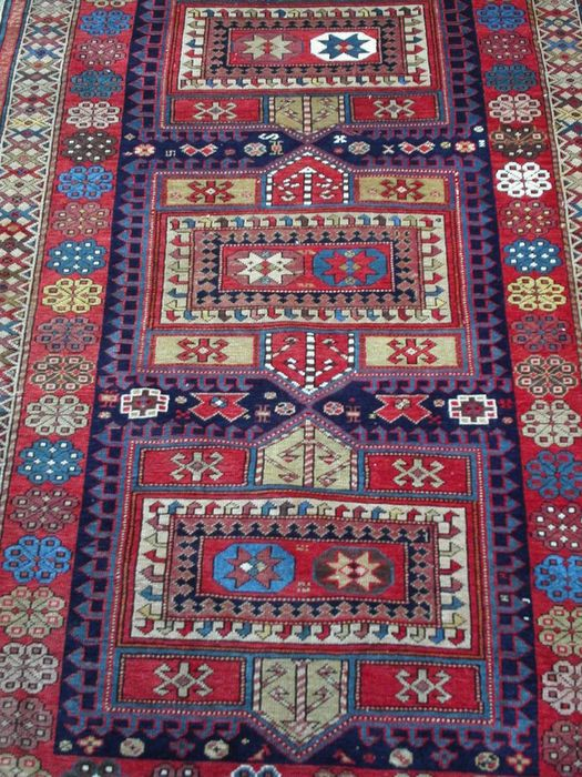 Antigua alfombra daghestan derbent aprox 1935 catawiki for Antigua alfombras