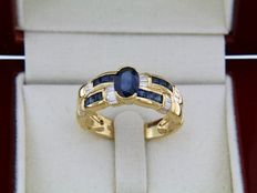 18 kt yellow gold + Sapphires + Diamonds