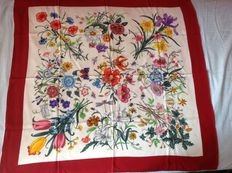 Gucci – Accornero for Gucci – Flora scarf (1966)