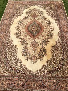 Turkish oriental carpet Ladik Made by late 20th century - 210 x 308 cm