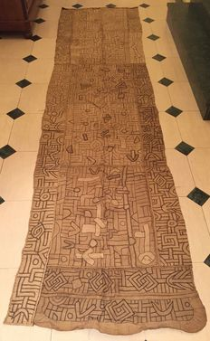 Superb large traditional antique N'TCHAK loincloth - KUBA - D.R. of Congo