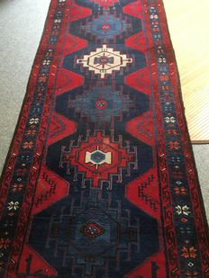 Beautiful original hand-knotted  Persian SARAND with plant-based colours! approx. 100 x 328 cm – Persia!
