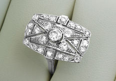 Art Deco platina diamanten ring bezet met 25 diamanten van ca. 1.00 ct