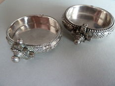 Pair of traditional bracelets for small children - Rajasthan XX th century - sterling silver 925 °° transformed into little salt pots