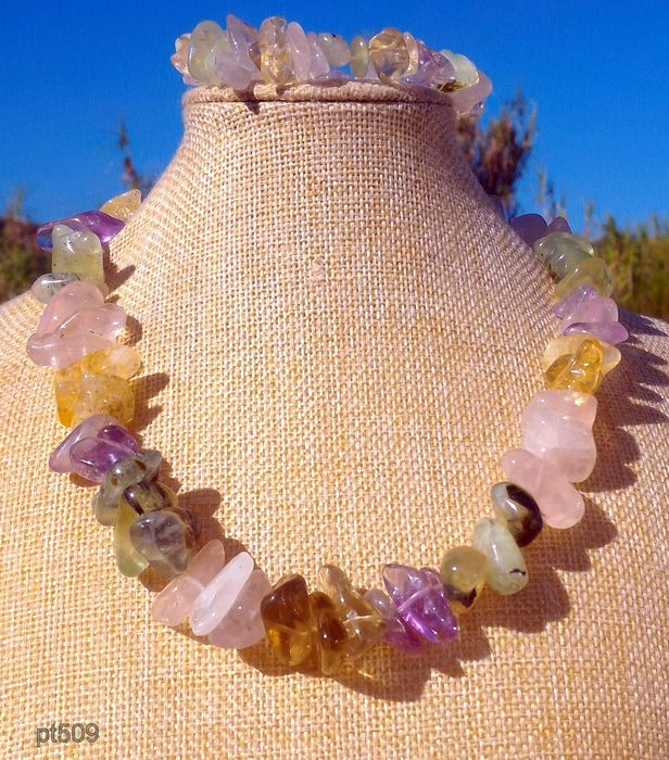 Necklace With Bracelet Of Various Types Of Semi Precious Stones