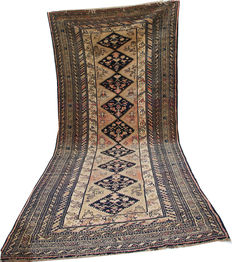 Old handmade Persian Malayer long rug in pale colours