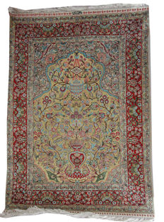 Signed handmade Turkish Hereke 100% silk and Gilt rug in eye-catching multi colours