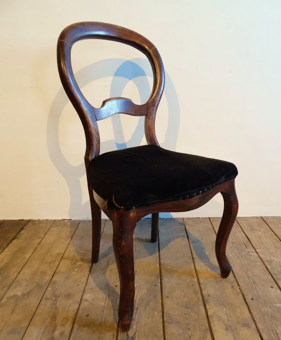 Beau A Set Of Six Mahogany Colored Biedermeier Balloon Back Chairs   The  Netherlands   Approx. 1850